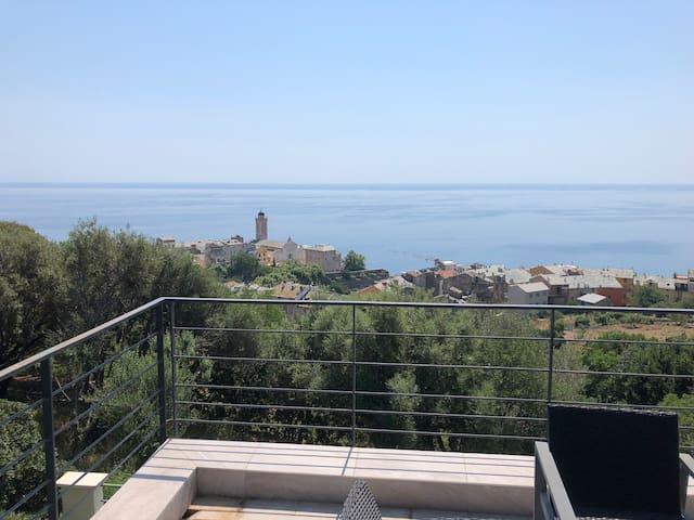 Appartement vue panoramique sur la mer et Bastia