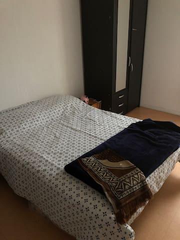 Chambre simple pour un bon sommeil