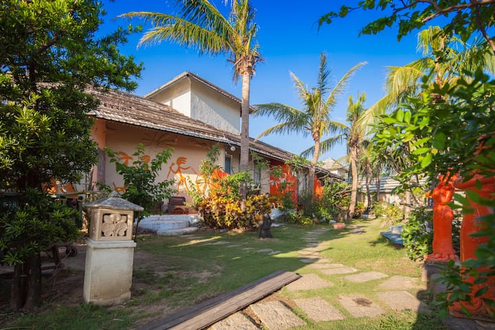 ★1min by walk to Bus Stop # Bali Style 15 - Pingtun  - House