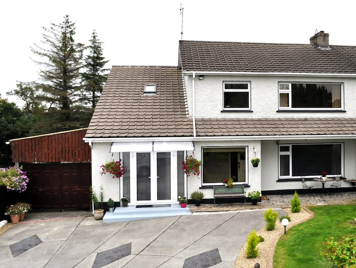 WestWay House, Donegal Town close to all amenities