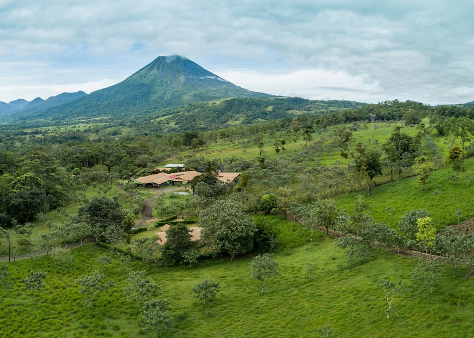 Located just 15 minute drive from La Fortuna downtown