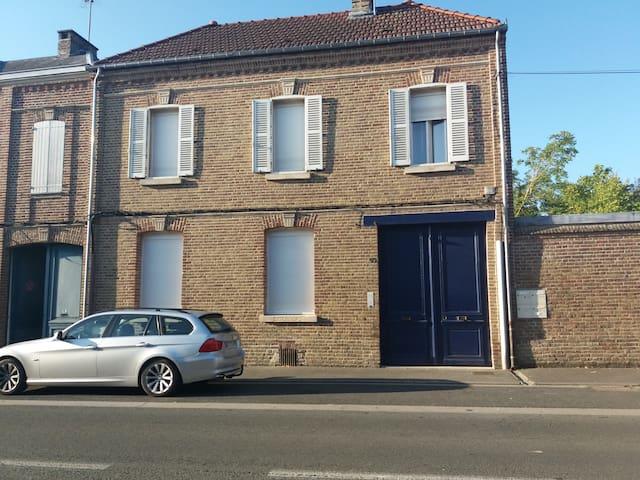 Appartement en duplex proximité d'Amiens.