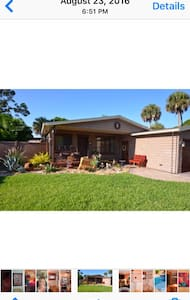 Charming ,ALL  INCLUSIVE PARADISE ! - Rockledge - Haus