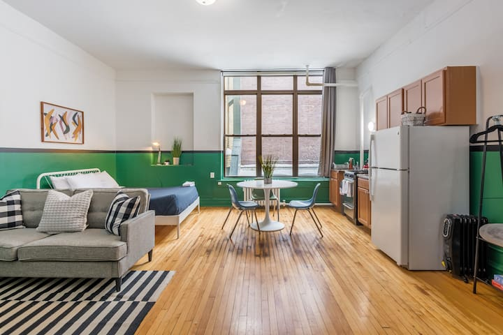 Best Location in Old Town– Comfortable & Spacious
