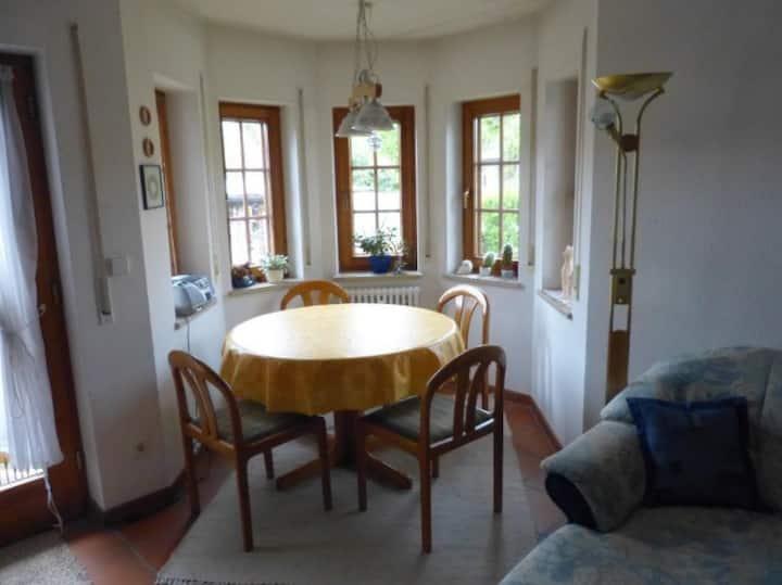 Ferienhaus Evelyn, (Rielasingen-Worblingen), Ferienwohnung mit 75qm, 2 Schlafzimmer, max. 4 Personen