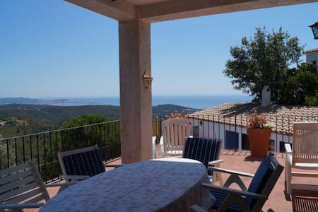 Charming house with seaviews - Platja d'Aro
