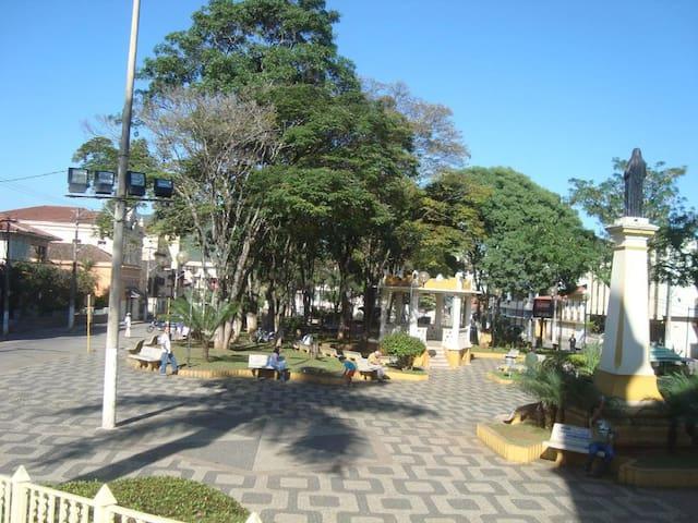 Aconchego e Tranquilidade no Centro - Santa Rita do Sapucaí