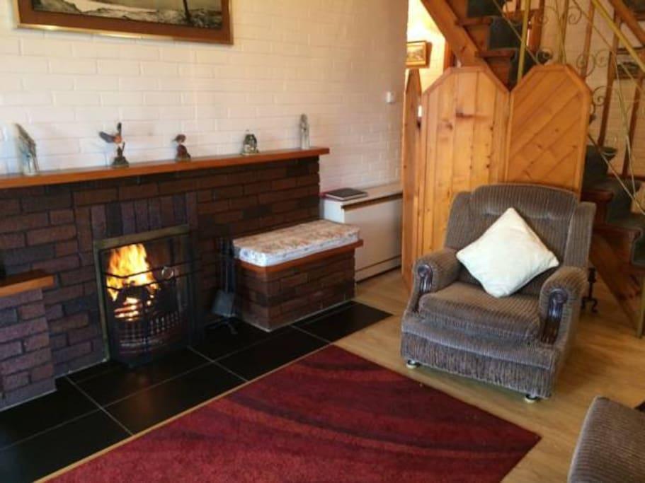 Open Turf Fire in Sitting Room