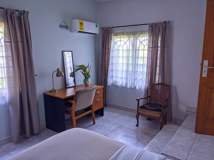 Prime Location - Furnished 2 Bed Flat - East Legon