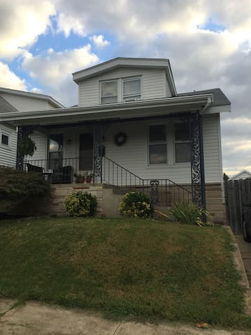 Cute home near park, casino, & Soulard (Brewery). - St. Louis - Talo