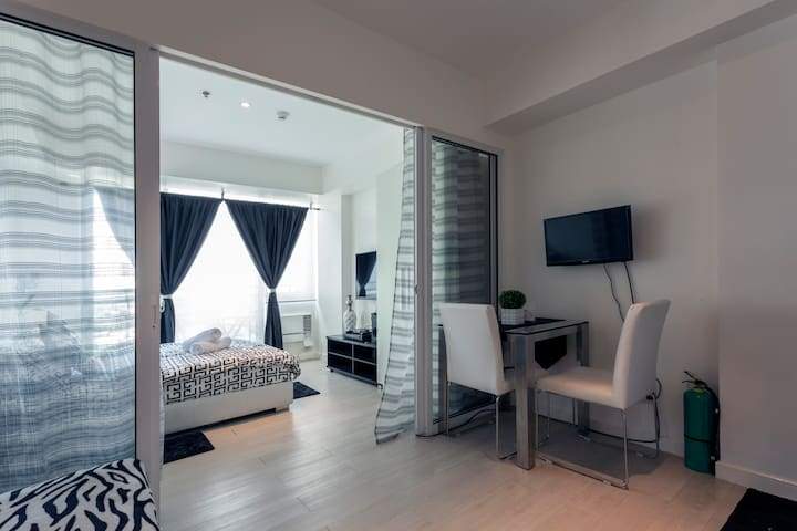 1BR Azure Urban Resort Residences - Parañaque - Loft