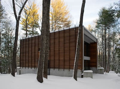 Architect's Hudson Valley Home on 24 Wooded Acres