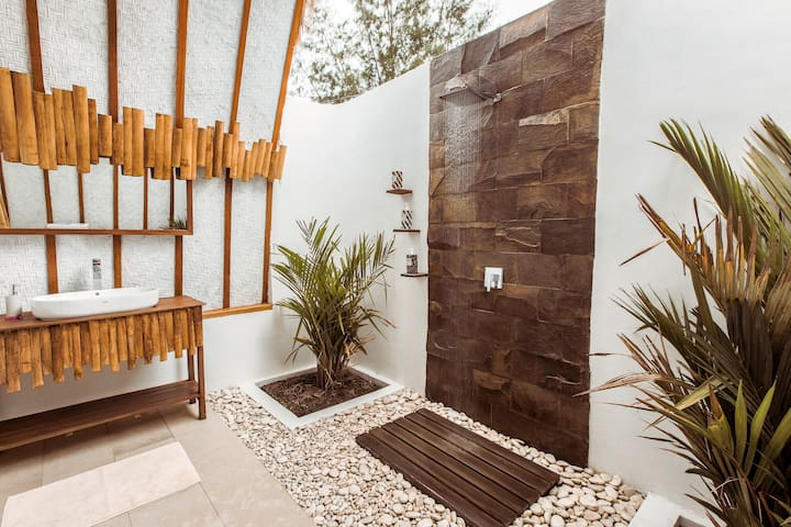 Beach Bungalow  with huge open air shower!