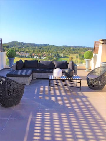 Spacious villa in a beautiful area - Ibiza - Roca Llisa - Villa