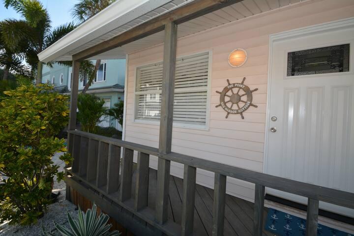 Sag Harbor House_ Boutique beach cottage_Dont miss