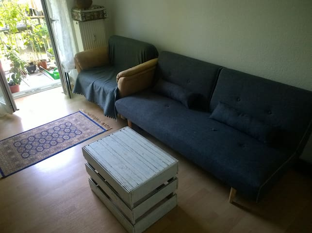 Livingroom with balcony, nearly Berlin city centre - Berlin - Apartment