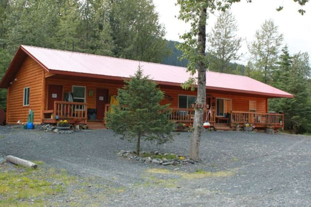 The red room door, on the far left, is the room available for nightly rentals!