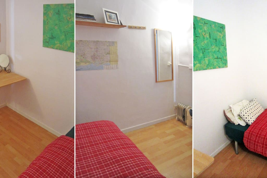 Single room, with single bed and extra mattress
