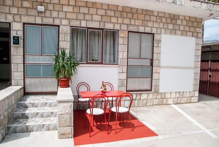 Apartment Slobo