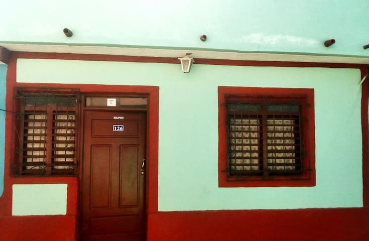 Casa Hostal China y Duney - Trinidad - Hostel