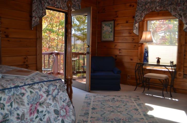 Iron Mountain Inn bed and breakfast