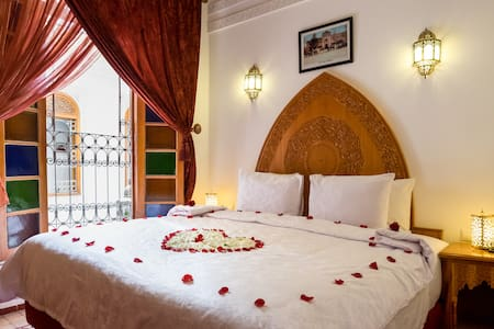 Family Suite Rhaly Riad Tahra WIFI - TOP LOCATION - Fes - Bed & Breakfast