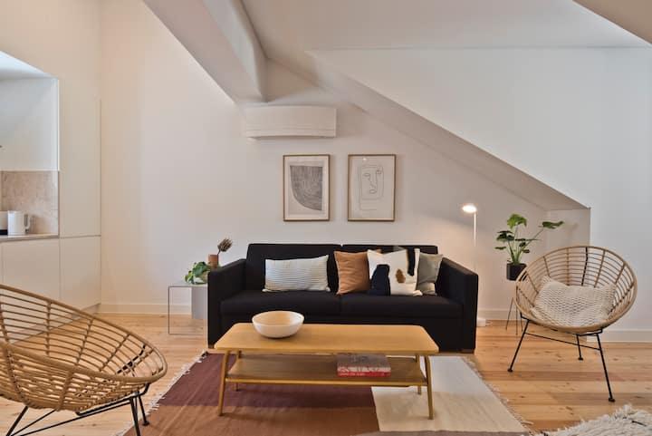 Vila Olaria - Unique 1 Bedroom apt @ Mouraria 3B