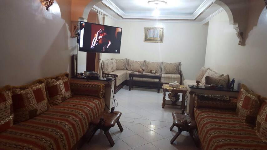 Bel appartement   meublé  à Casa.