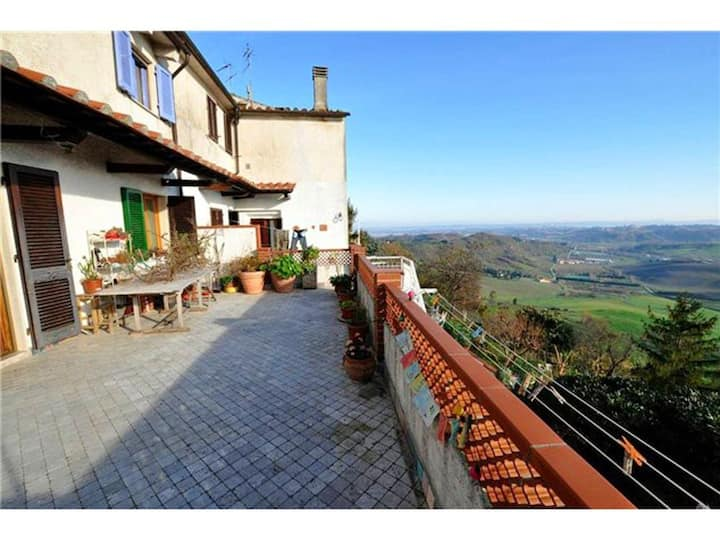 Apartment with 3 bedrooms in Casciana Alta, with furnished terrace and WiFi