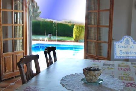 Bonita casa en el parque Natural de Sierra Nevada - Monachil - Chalet
