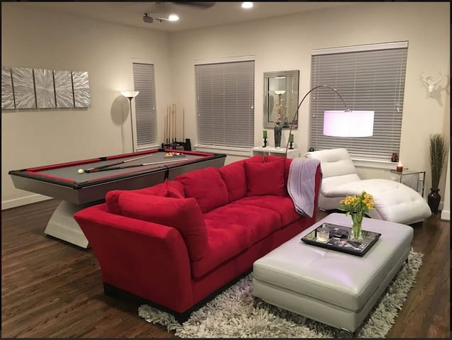 2nd Great Room in East Downtown - Houston - Complexo de Casas