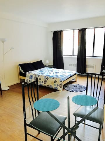 Downtown Montreal Fully furnished apartment WIFI