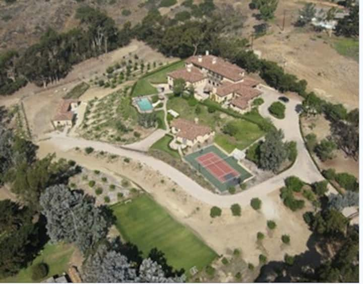 5 acre Private Estate