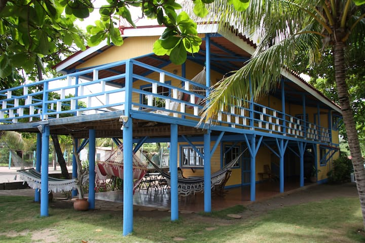 El Mirador de la Playa - Pochomil - Haus