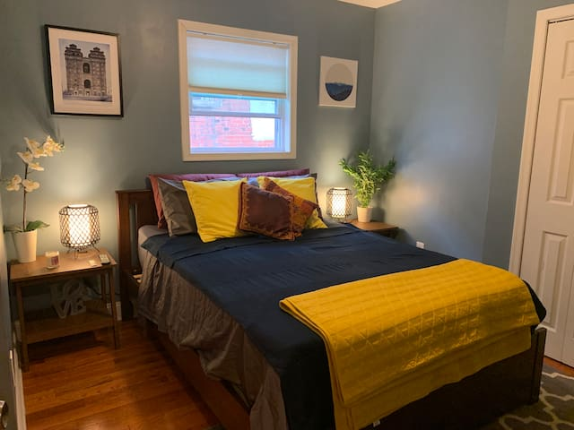West Passyunk Room Super Convenient to Everything