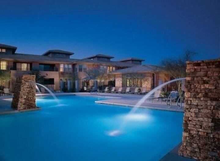 Scottsdale Venu Luxury Furnished Resort Condo