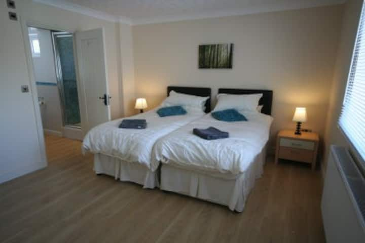 Port Eynon Beach Cottage 5* luxury