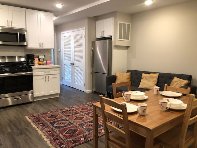 Entire apartment, close to Manhattan (2br/2bath)