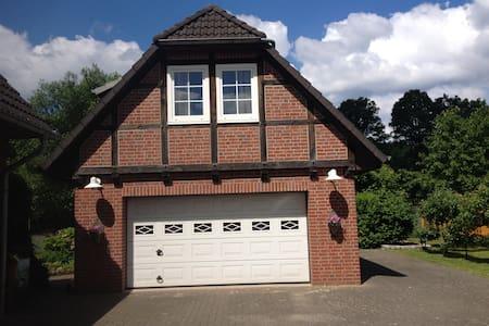 Kleines Häuschen für 2 in Behringen - Bispingen - Haus