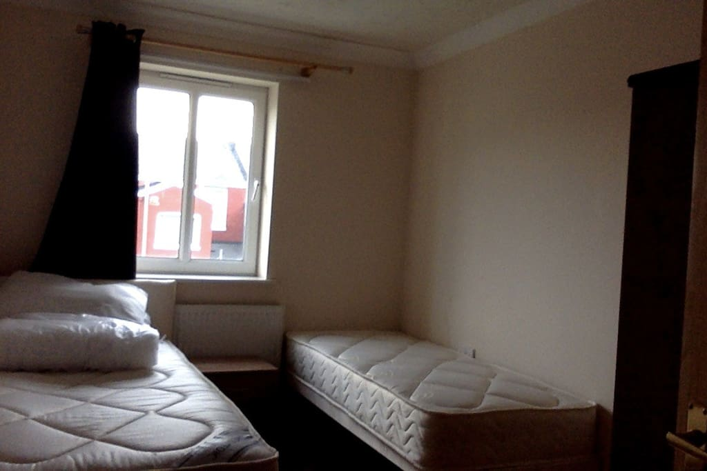 guest bedroom, 2 new beds - or 1 bed only  - see pict