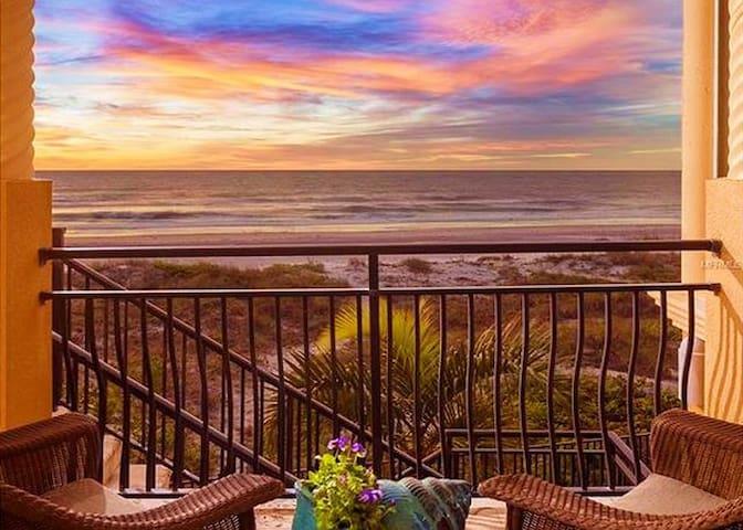 Vista Del Mare Beach front Pool home