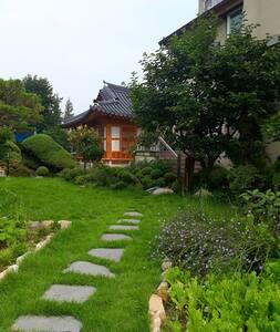 금마 전통한옥 영월당 (가족실)
