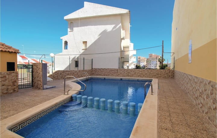 Beautiful home in Torrevieja with WiFi and 2 Bedrooms