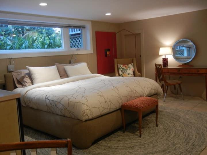 Hudson House Guest Suite