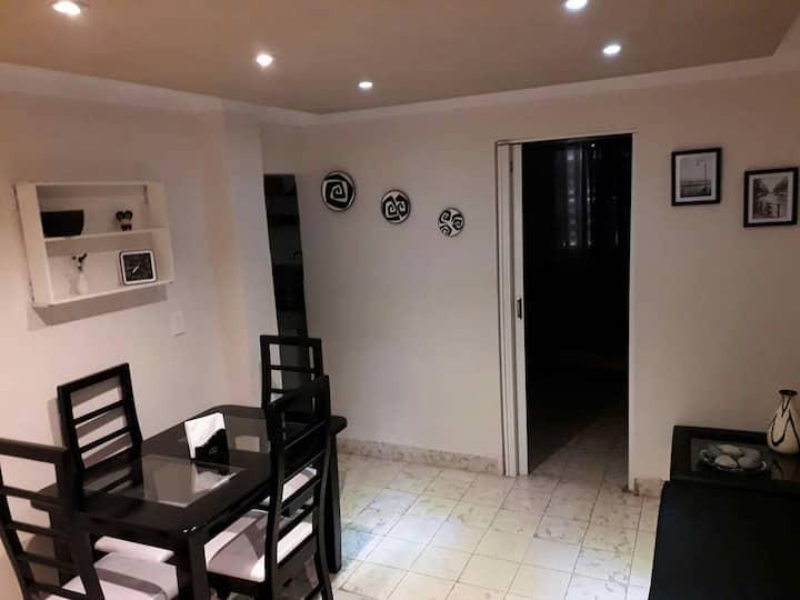 Cozy Apartment in Vedado, close to Fábrica de Arte