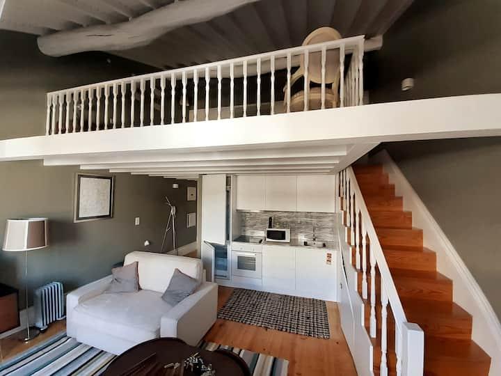 Mezzanine apartment
