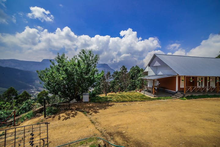 4 BR Hill Stay | A Hideaway in Vattavada