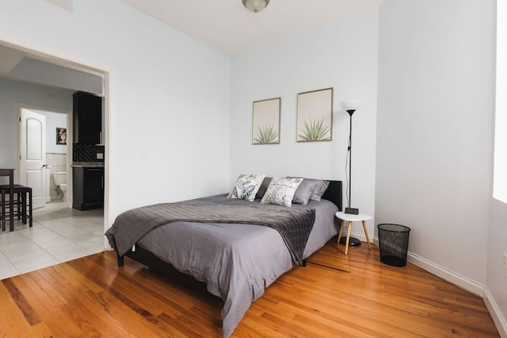 Brand New Apartment Earshot from NYC