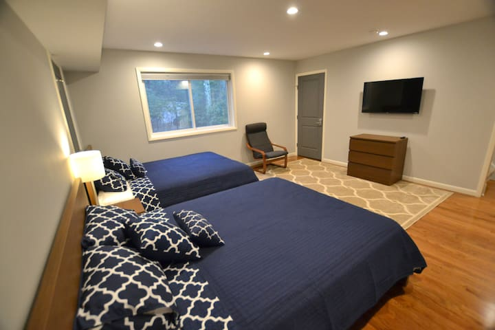 Bedroom-2, Queen Bed-2, 43 Inch Smart TV