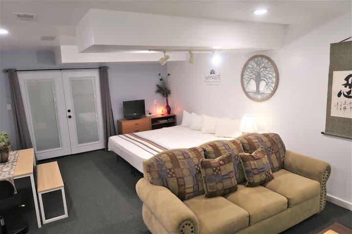 New Suite/Private Entrance/Kitchen-Sedona Explorer
